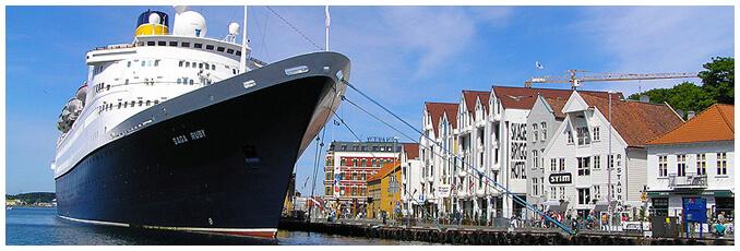 Cruise ship arrival in stavanger