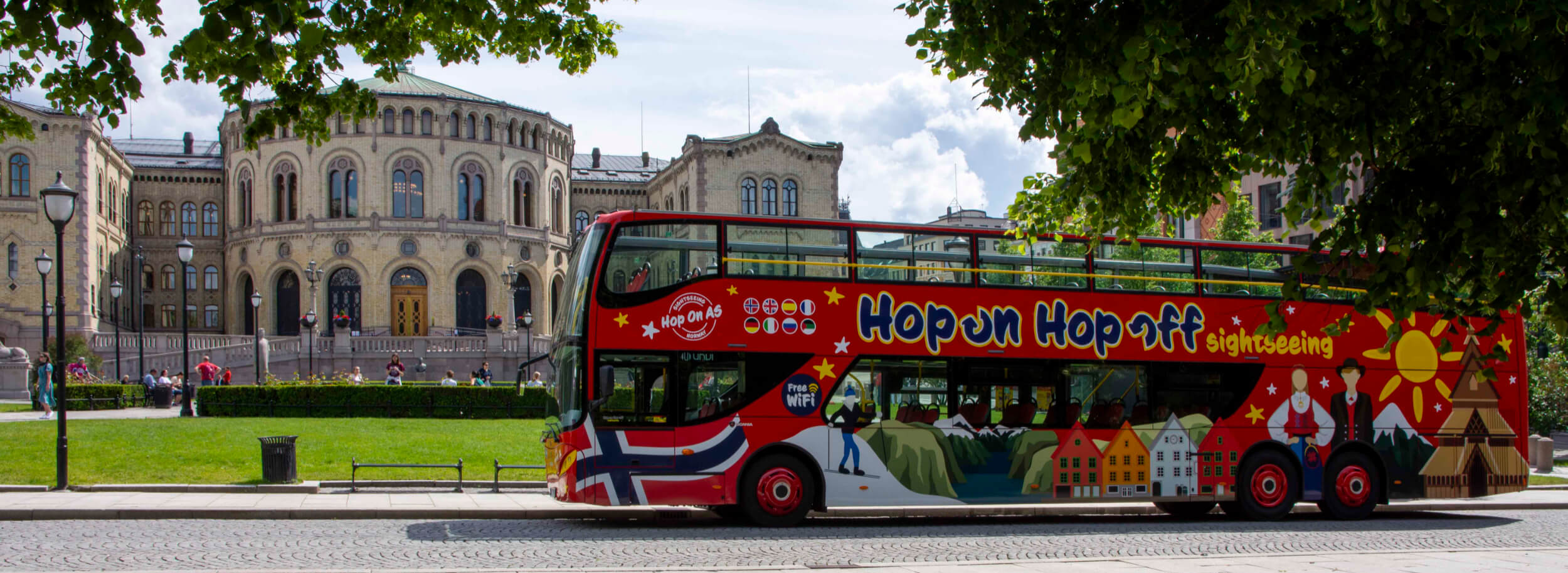 Hop on Hop off bus outside the Norwegian Parliament
