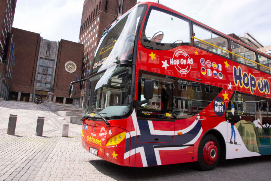 Hop On Hop Off tour to Oslo Townhall